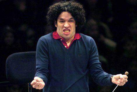 Bernstein / Carreño / Castellanos / Estévez / Ginastera / Márquez / Revueltas / Romero: Gustavo Dudamel – Fiesta