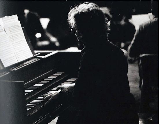 Cravista Profa. Beatrice Sterna