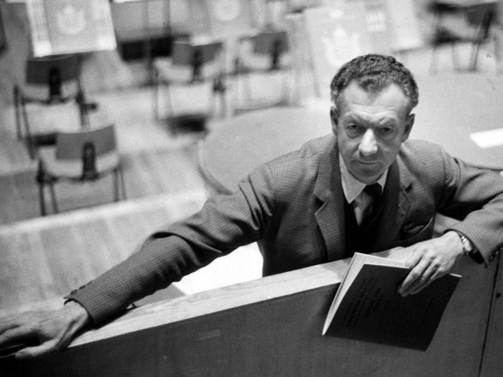 Benjamin Britten (1913-1976): String Quartets Nos. 1, 3 & Alla marcia