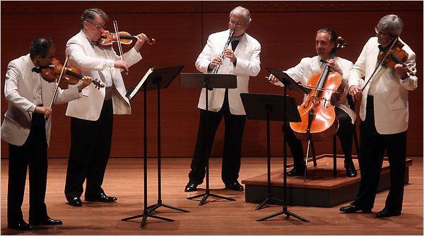 W. A. Mozart (1756-1791) / J. Brahms (1833-1897): Clarinet Quintets
