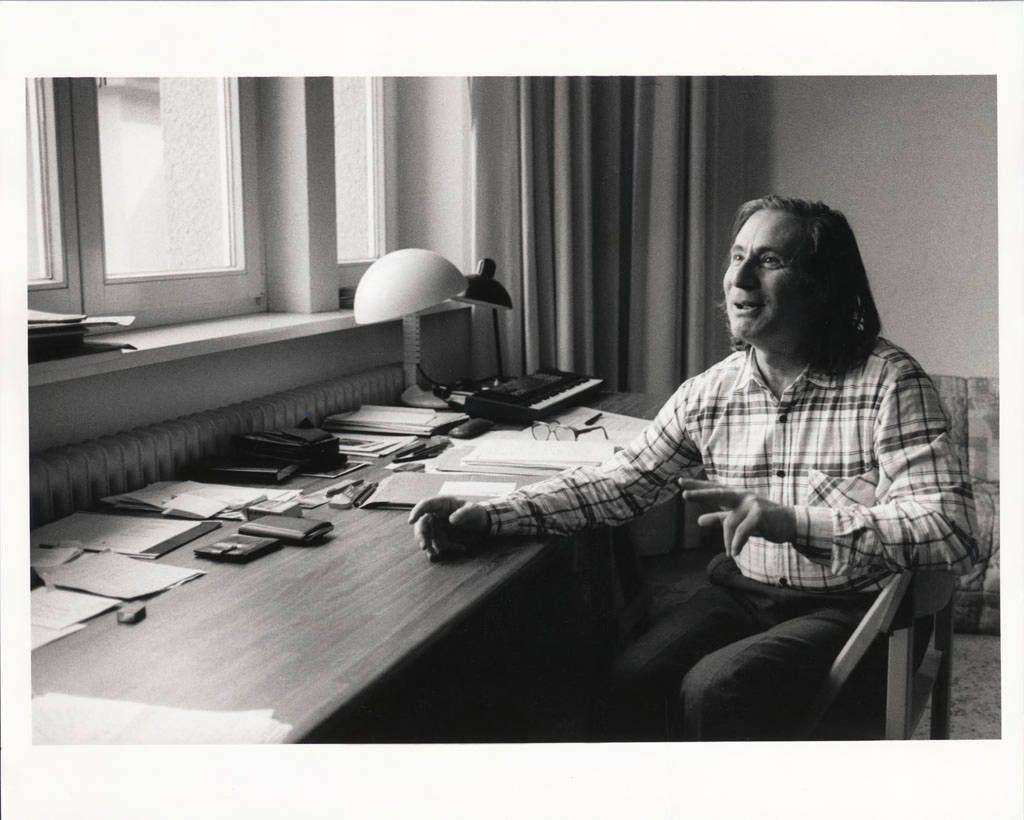 Schnittke (1934-1998) / Lutoslawski (1913-1994) & Ligeti (1923-2006): Obras para Orquestra de Câmara