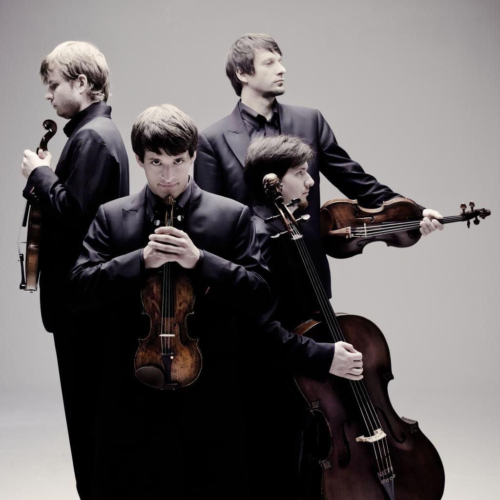 Tchaikovsky / Prokofiev / Shostakovich: Quartetos de Cordas (Russian Soul)