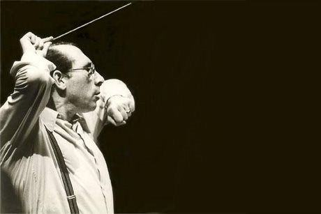 Joly Braga Santos (1924-1988): Symphony No. 4 / Symphonic Variations
