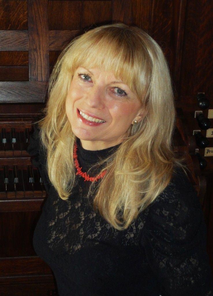 A simpática Věra Heřmanová: ótima ao tocar, críptica ao escrever.