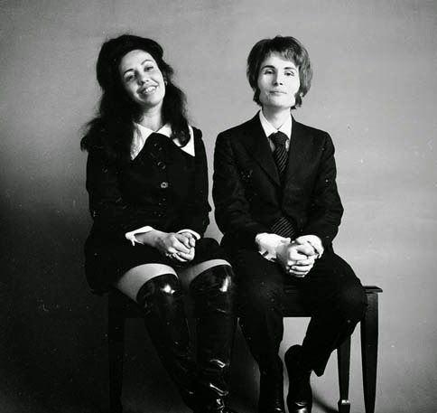 A produtora Rachel Elkind e Wendy Carlos (na época, ainda, legalmente chamada Walter Carlos)