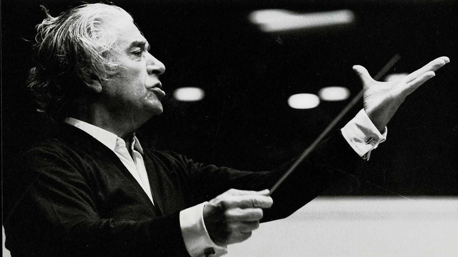 Mussorgsky (1839-1881): Quadros de uma Exposição / Ravel (1875-1937): Bolero (Celibidache)