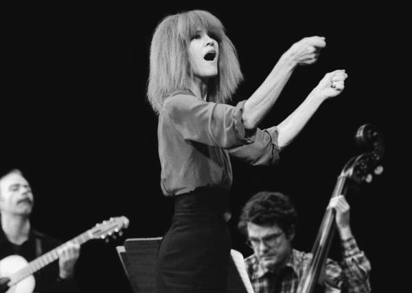 .: interlúdio :. Carla Bley & Her Remarkable Big Band – Appearing Nightly (2006)