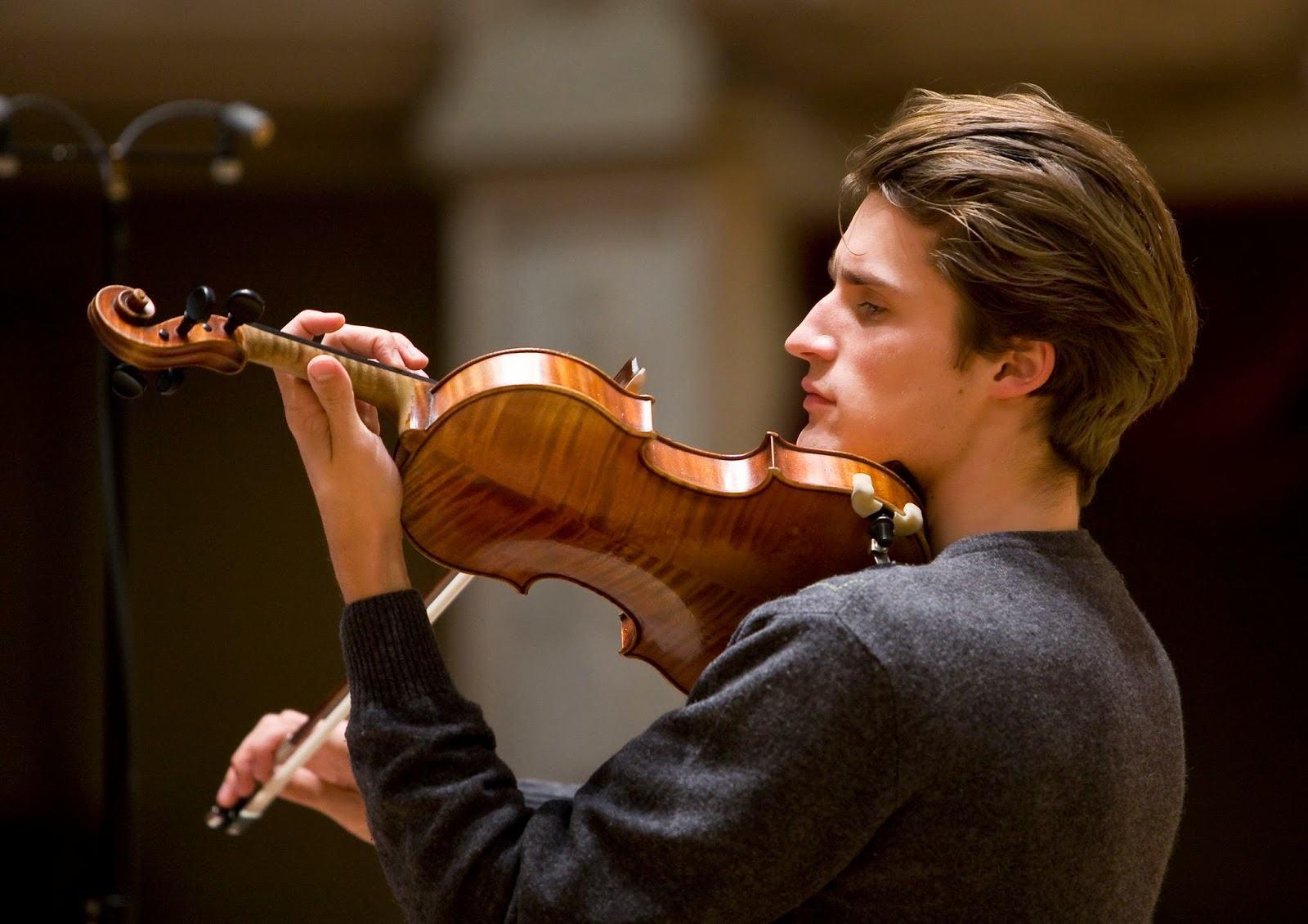 """Ludwig van Beethoven (1770-1827): Violin Sonatas Nos. 9 """"Kreutzer"""", 4 & 2"""