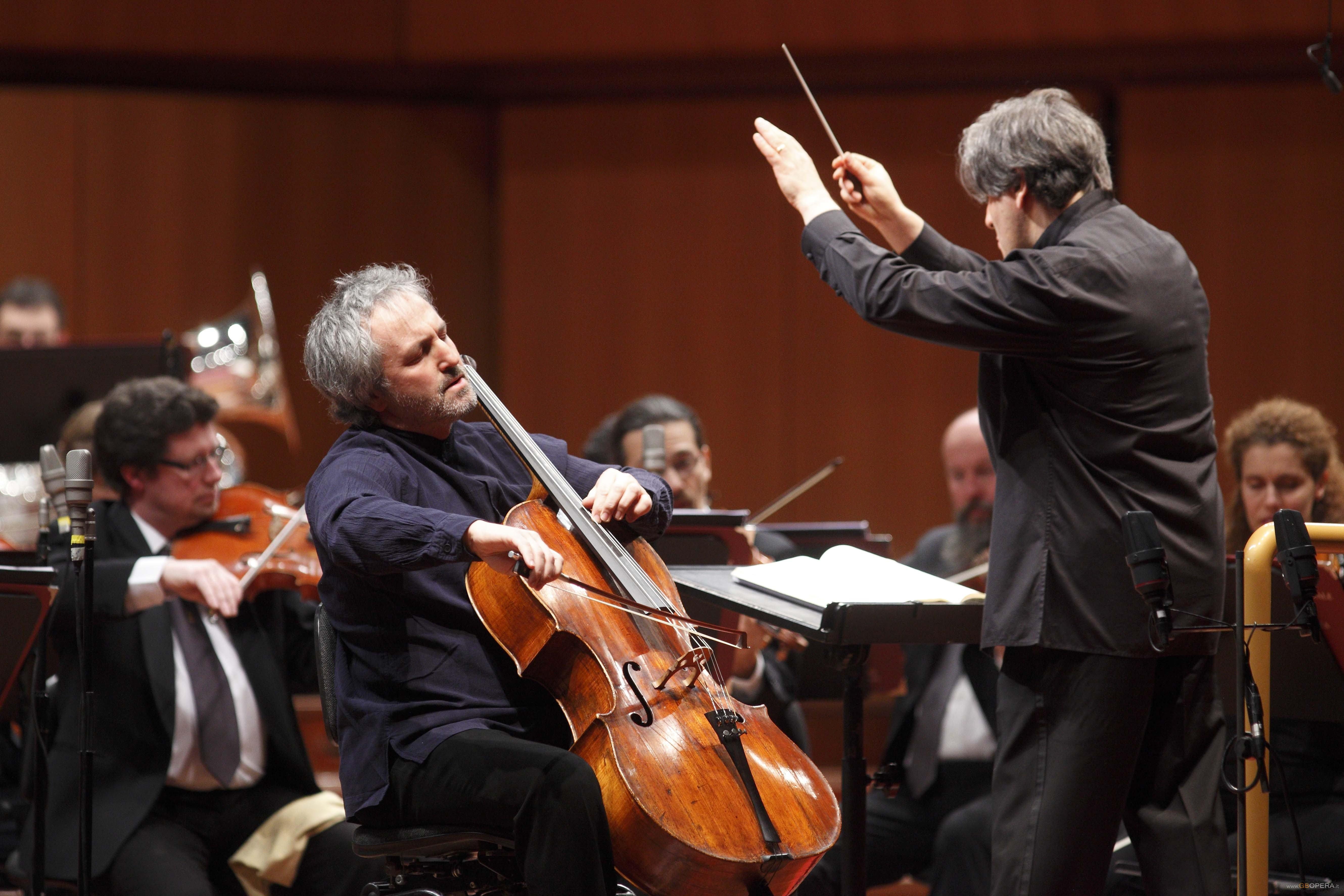 """Antonín Dvořák (1841-1904): Symphony No. 9 """"From the New World"""" & Cello Concerto"""