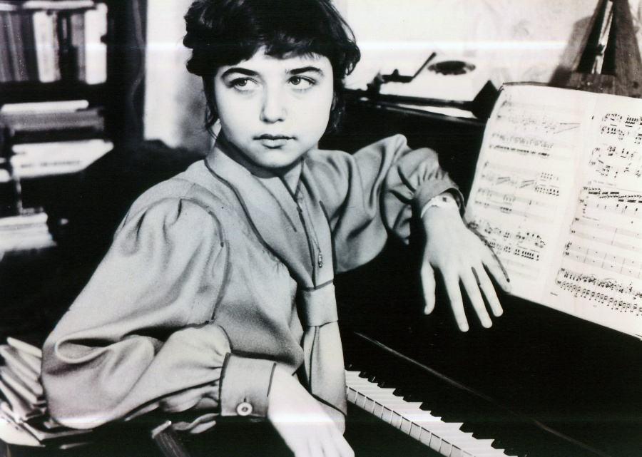 Dmitri Shostakovich (1906-1975): 24 Prelúdios, Op. 34 / Lera Auerbach (1973): Arcanum
