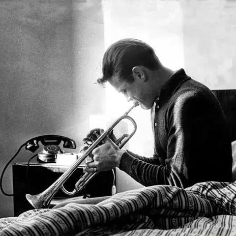 .: interlúdio :. Chet Baker – Silent Nights – 1986