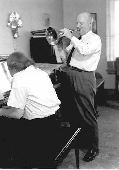 Paul Hindemith (1895–1963): Sonatas for… (Várias Sonatas para alguma coisa e piano)