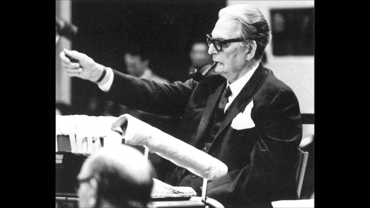 Em 1964 a gente gravava Händel assim, de cachimbo e grande orquestra. Qual é o problema?
