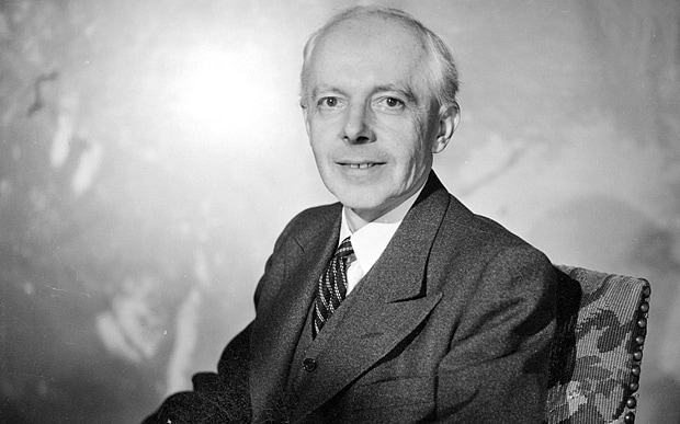 Uma rara foto de Bartók sorrindo