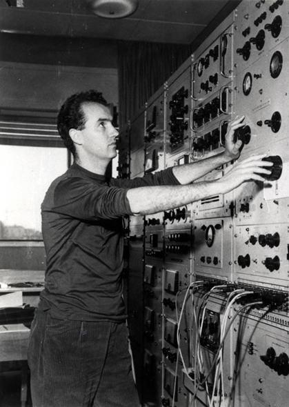 Luigi Nono e sua orquestra de botões