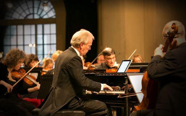 Johann Nepomuk Hummel (1778-1837): Piano Concertos / Theme and Variations