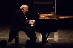 Sokolov, um dos maiores pianistas em atividade hoje