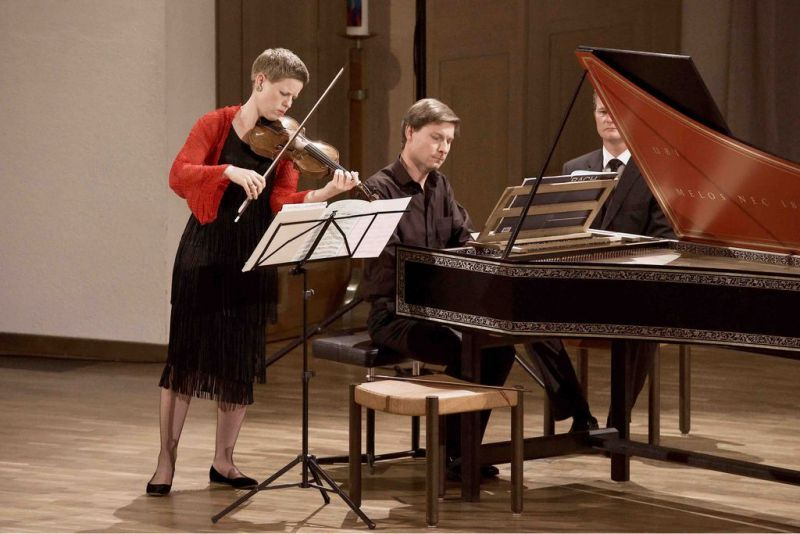 Isabelle Faust e Kristian Bezuindenhout em ação