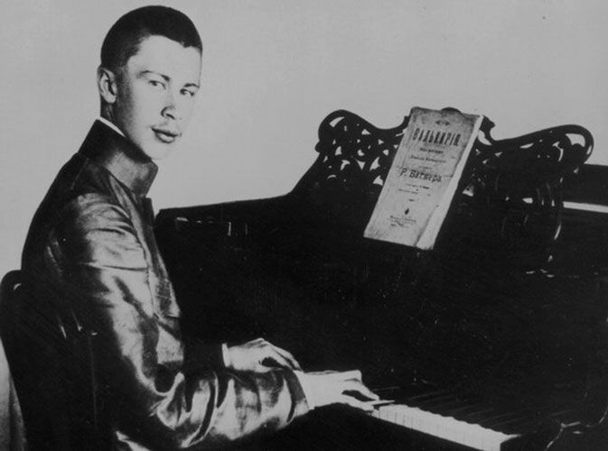 Sergei Prokofiev (1891-1953): Sonatas para piano, Toccata, etc