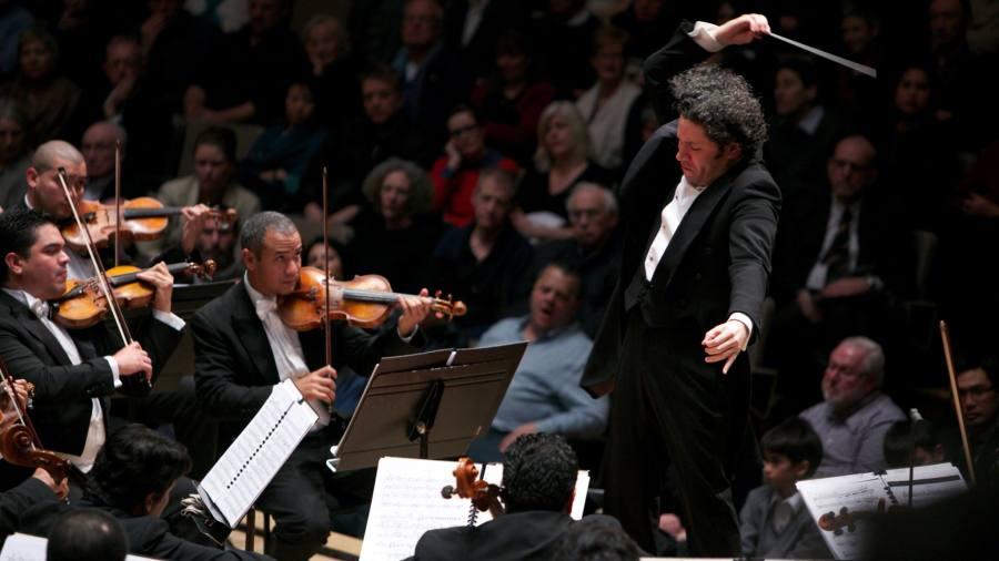 Bruckner : Sinfonia Nº 9 / Sibelius: Sinfonia Nº 2 / Nielsen: Sinfonias Nº 5 e Nº 4