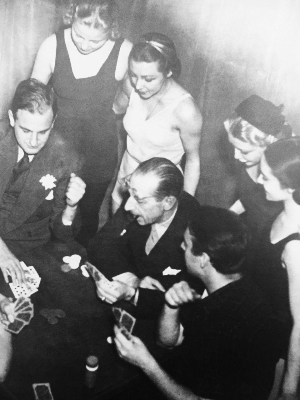 Igor Stravinsky (1882-1971): O Pássaro de Fogo / Jogo de Cartas