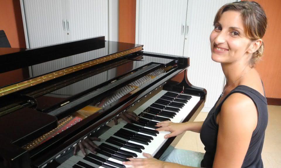 François Couperin (1668-1733) e Claude Debussy (1862-1918): Les ondes – Amandine Habib, piano