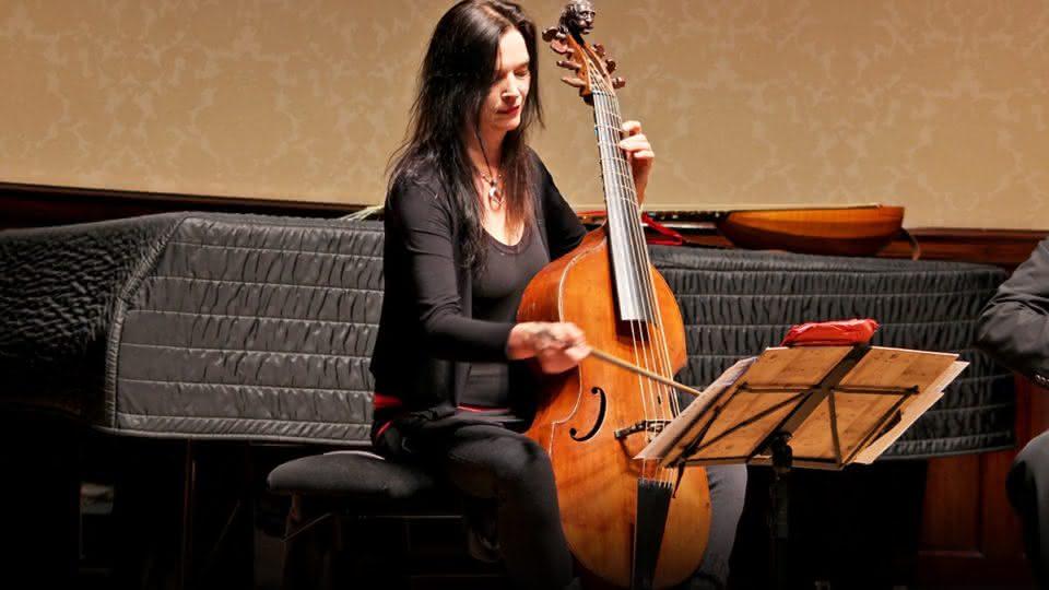 J.S. Bach (1685-1750) / Silvius Leopold Weiss (1687-1750): …per la Viola da Gamba (BWV 1011 /995, 1025 & 1029)