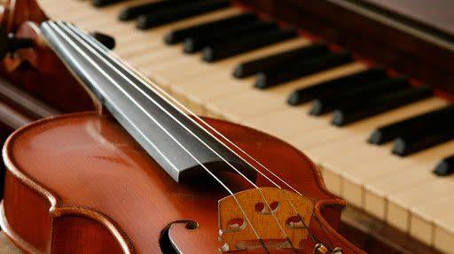 Debussy / Fauré / Poulenc / Ravel: 'Fantasque' – Sonatas para Violino – Franziska Pietsch, violino – Josu De Solaun, piano