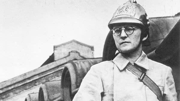 Dmitri Shostakovich (1906-1975): Integral das Sinfonias e mais — CD 6 de 12 (Sinf 7, Ashkenazy)