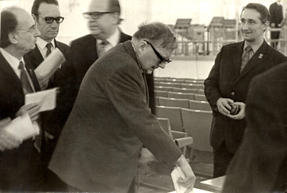 Dmitri Shostakovich (1906-1975): Sinfonia Nº 13 'Babi Yar' (Karabits)