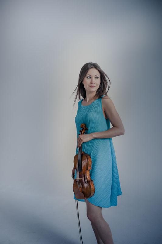 Sergei Prokofiev (1891-1953): Os 2 Concertos para Violino / Sonata For Violin Solo, Op. 115 (Steinbacher, Petrenko)