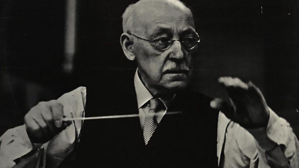 Hugo Alfvén (1872-1960): Rapsódias Suecas –  Uma lenda de Skerries – Elegia de 'Rei Gustavo Adolfo II' (Sakari)